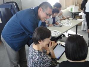 タブレット教室のお手伝いをさせて頂きました@KDDI(株)ボランティア様